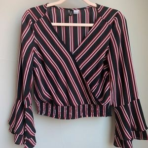 Blouse with strips